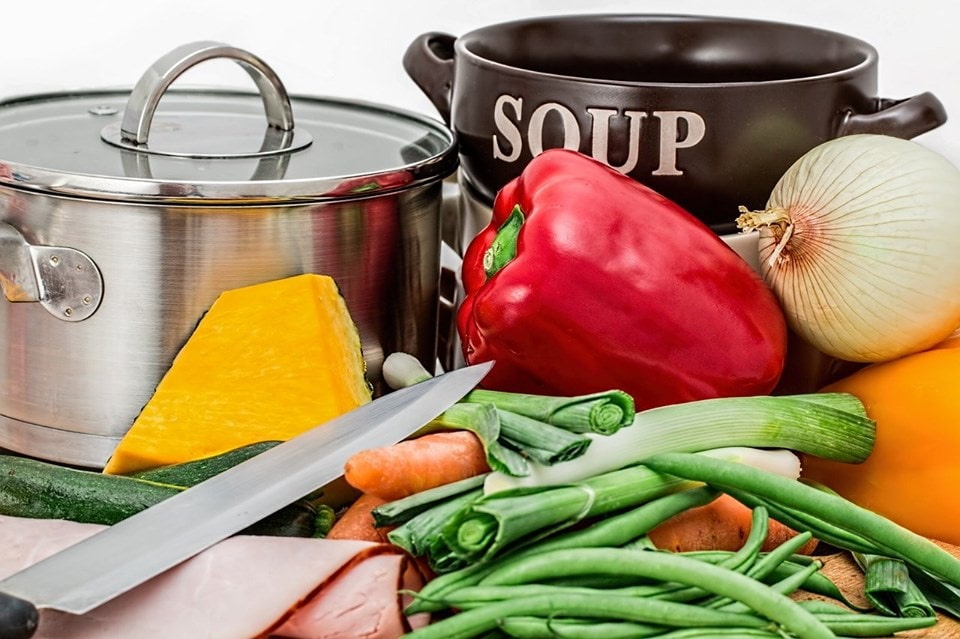 What is Vegetable Broth and What are its Benefits?